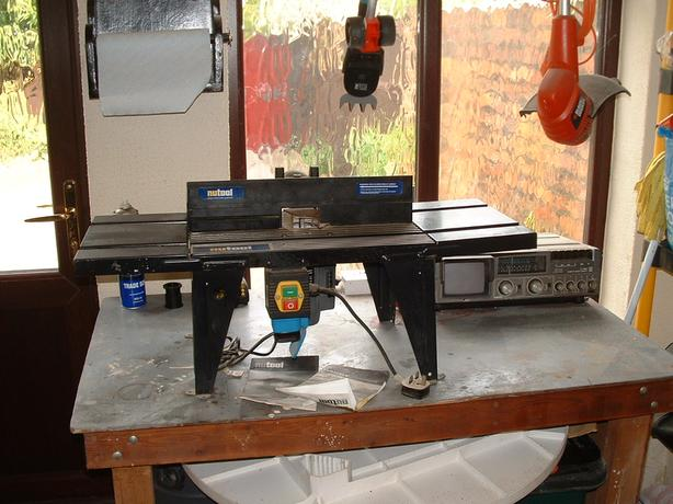 Portable Router complete with router table