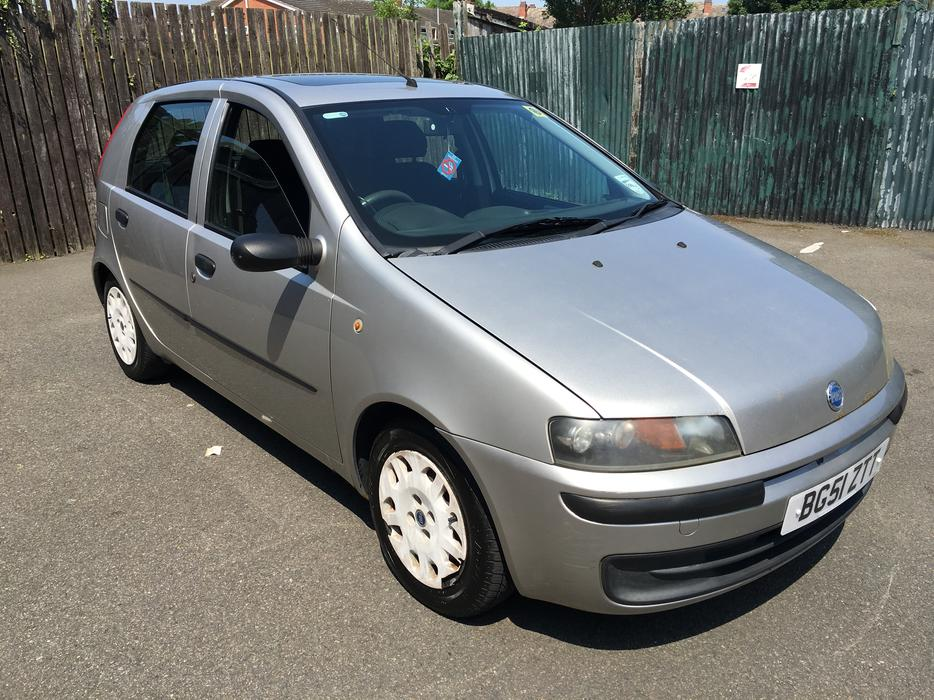 fiat punto 1 2 automatic 2001 model 5dr city button walsall sandwell. Black Bedroom Furniture Sets. Home Design Ideas