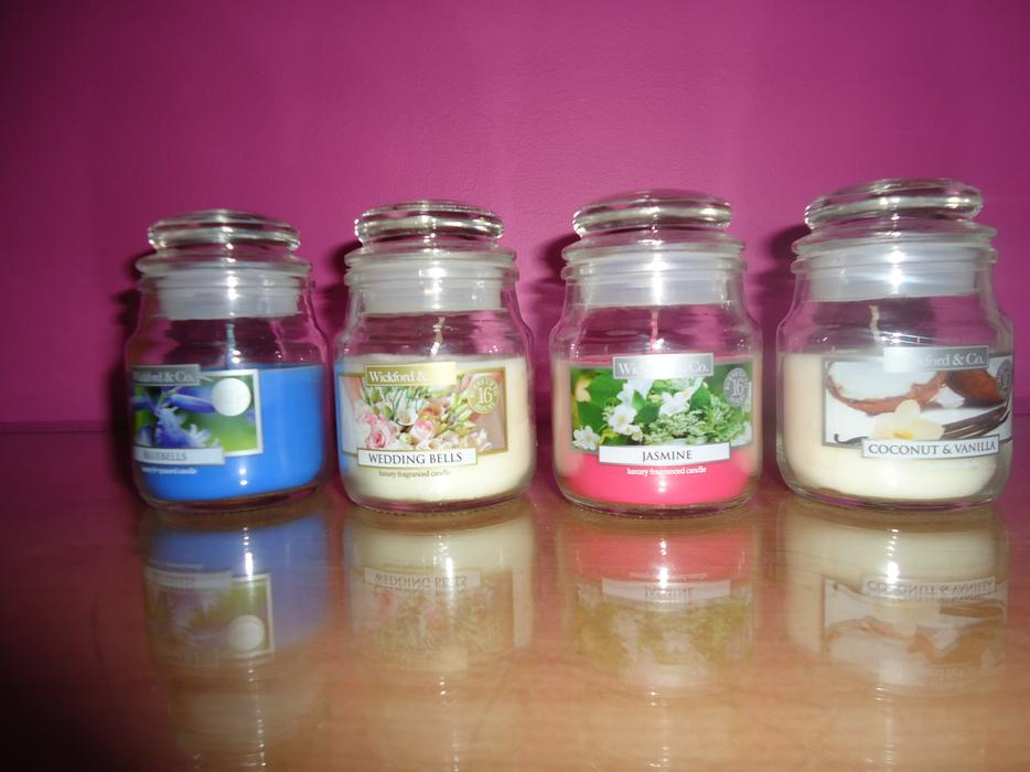 Brand new small candle bundle contains 4 candle sedgley for Different brands of candles