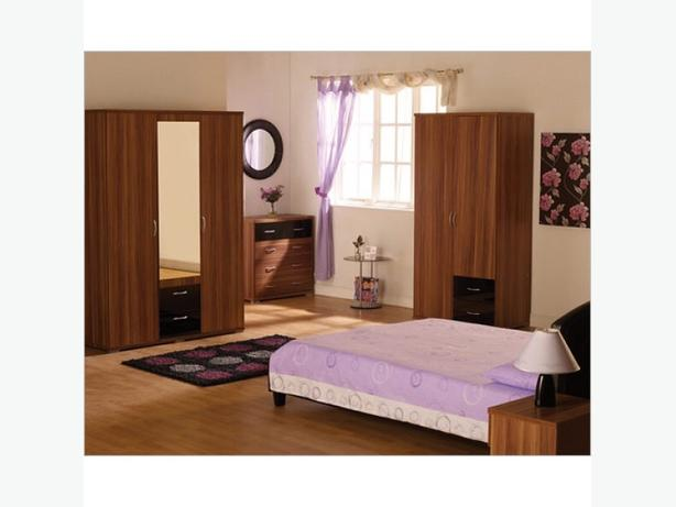 HOLLYWOOD 3 door 2 drawer mirriored wardrobe