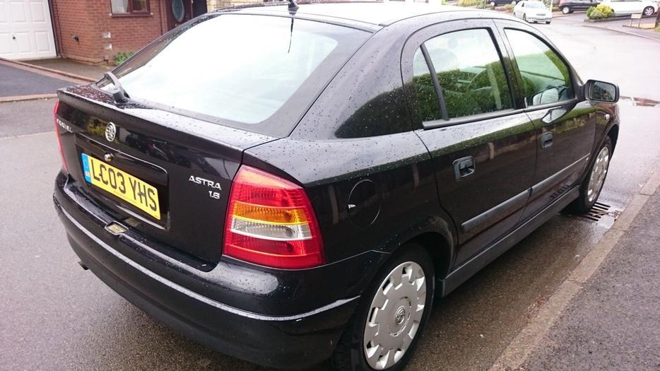 Vauxhall astra club 1 6 8v new mot full service cam for Best bet motor sales