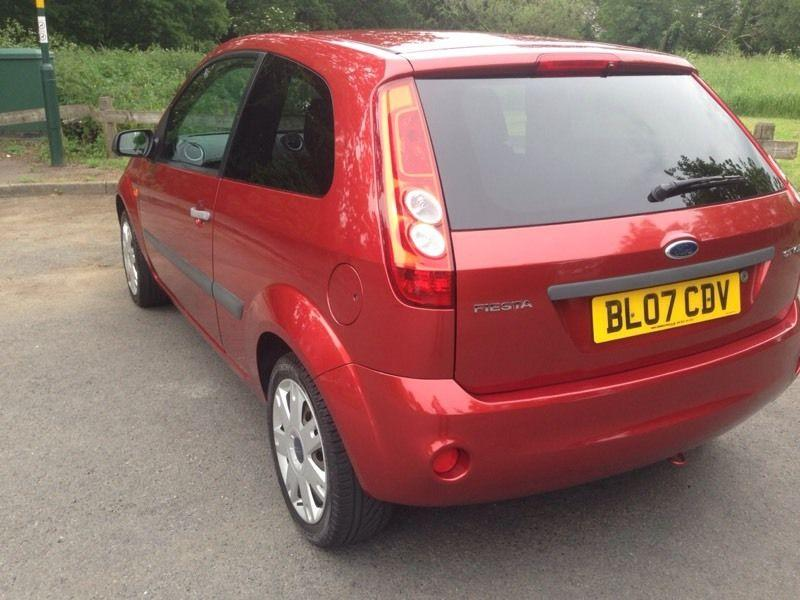 ford fiesta style climate    plate  black