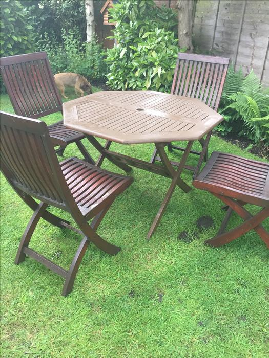 Wooden garden patio table and 4 chairs wolverhampton for Outdoor furniture quad cities