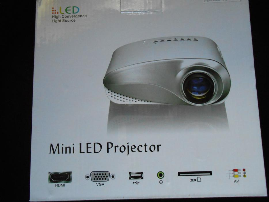 Mini led projector willenhall sandwell mobile for Used pocket projector