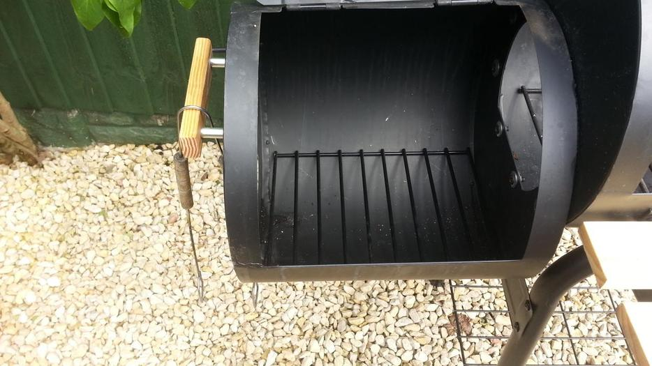 Smoker Grill King Bbq Charcoal Wheels Storage Working