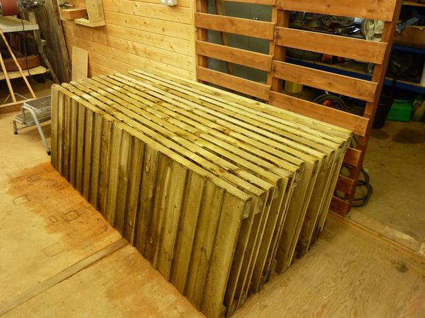 Wooden Tantalized Feather Edge Fence Panel (Pressure Treated Heavy Duty)