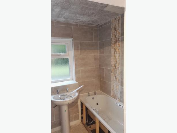 fully experienced wall and floor tiler 25 years