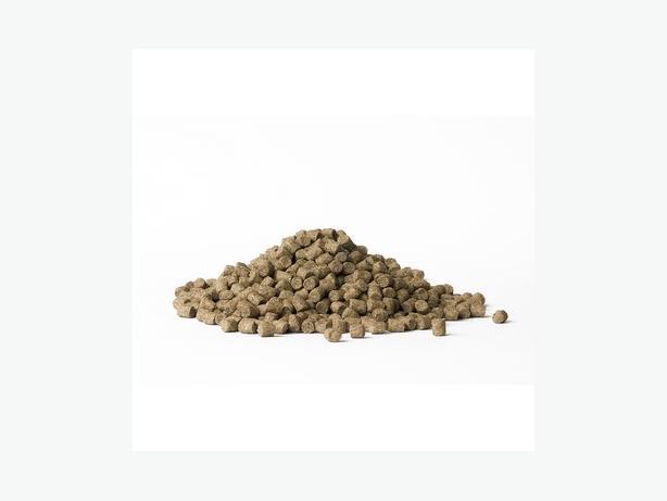 COARSE FEED PELLETS