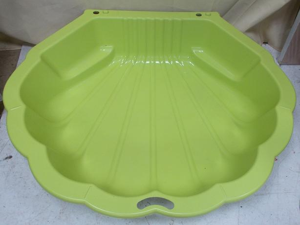Green Half Shell Sandpit