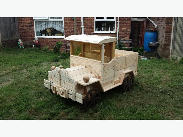 wooden Truck Planter