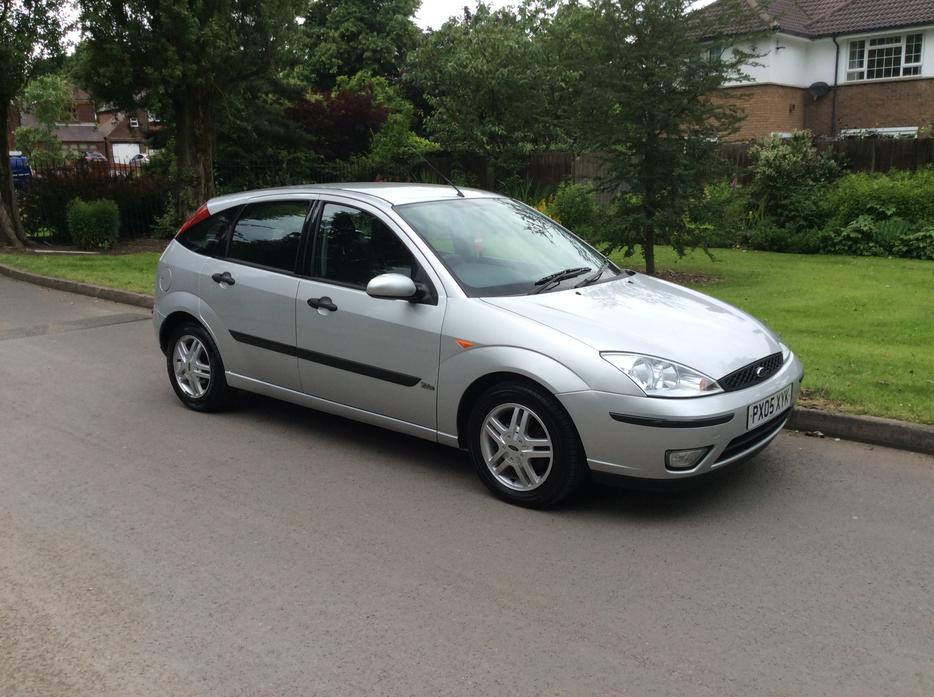 2005 ford focus 1 8 tdci zetec 5 door only 97000 miles new. Black Bedroom Furniture Sets. Home Design Ideas