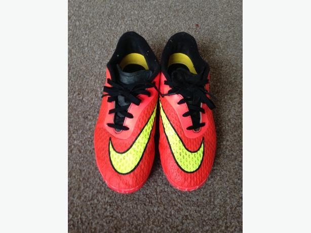 Nike Hypervenom Metal Stud Football Boots