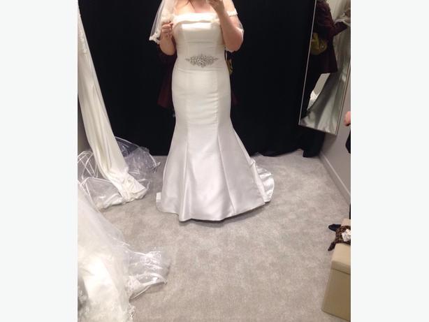 Satin Fishtail Wedding Dress : Satin fishtail wedding dress size dudley