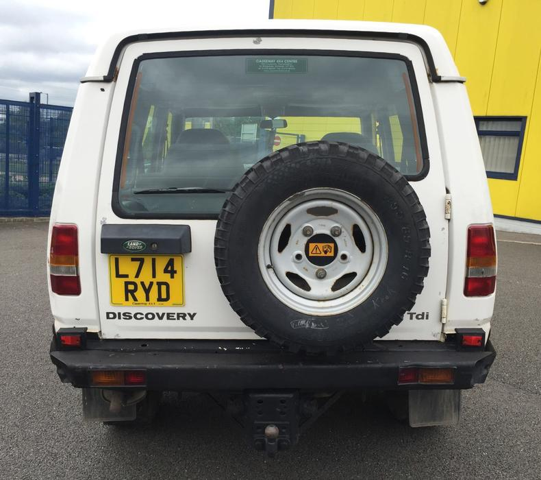 1994 Land Rover Discovery Exterior: ** 1994 (L) LAND ROVER DISCOVERY 2.5 TDI AUTO 7 SEATER CAR