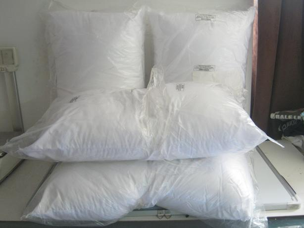 4 x White Cushion Pads 50 x 70cm