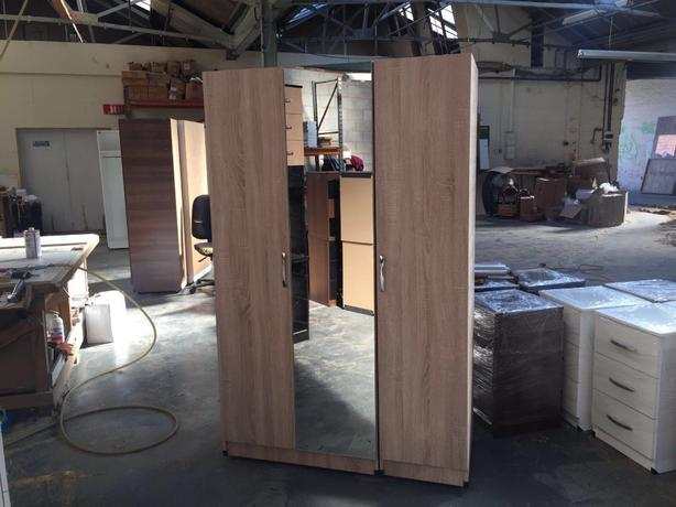 3 DOOR WARDROBE WITH LONG MIRROR IN THE MIDDLE- ANY COLOUR