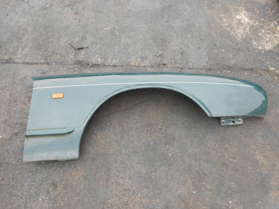 Jaguar Xj6 1997 Pair Of Front Wing Panels Green Rust Free