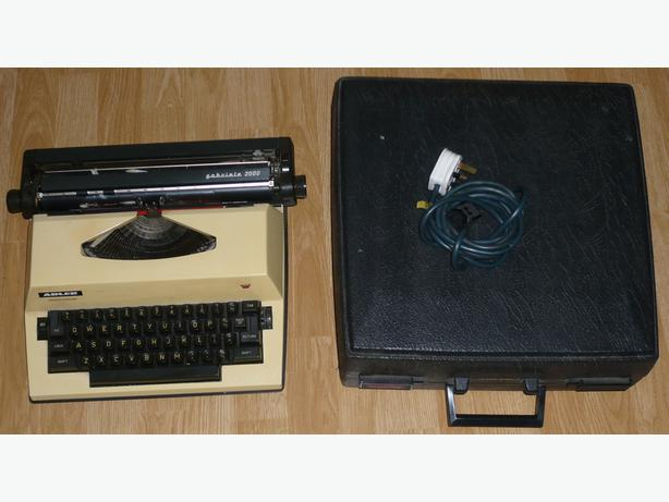 Adler Gabriele 2000 portable electric typwriter