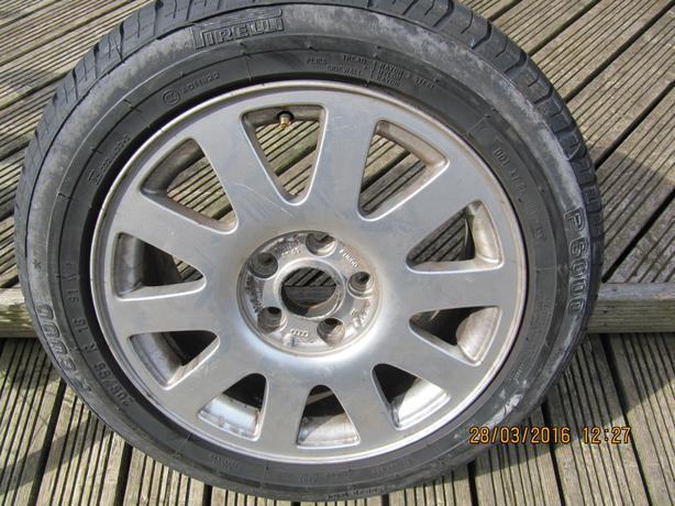 1 x  audi wheel and tyre pirelli p6000 205/55/16 as new