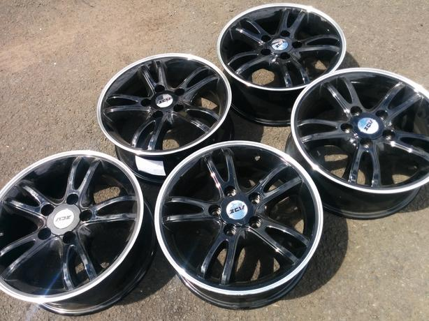 """Set of new 5 ex-display alloy wheels Black 16 """" 5x120 fitment ideal for a BMW"""