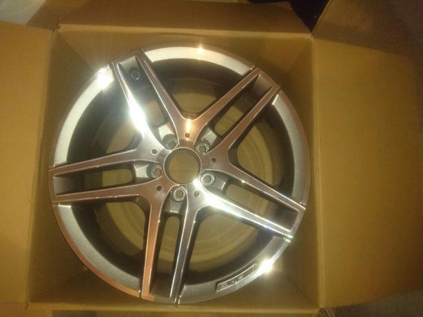 2016 mercedes benz amg 18inch alloy wheel wolverhampton for Mercedes benz amg alloy wheels