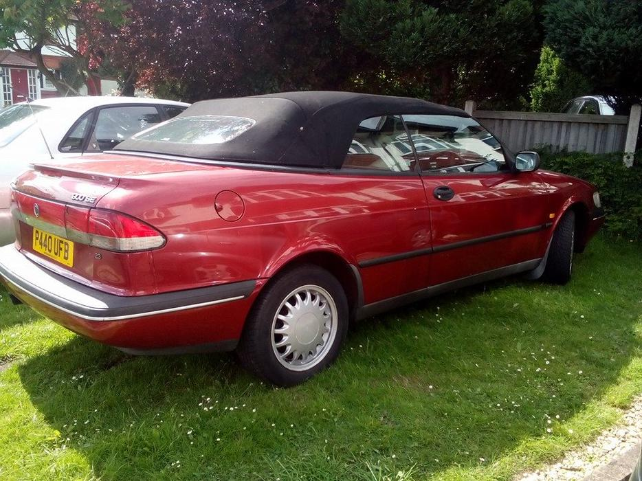 1997 saab 900se 2 3 convertible no mot outside black. Black Bedroom Furniture Sets. Home Design Ideas