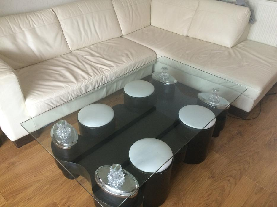 Coffee table in black with 4 stools free delivery for Coffee table delivery