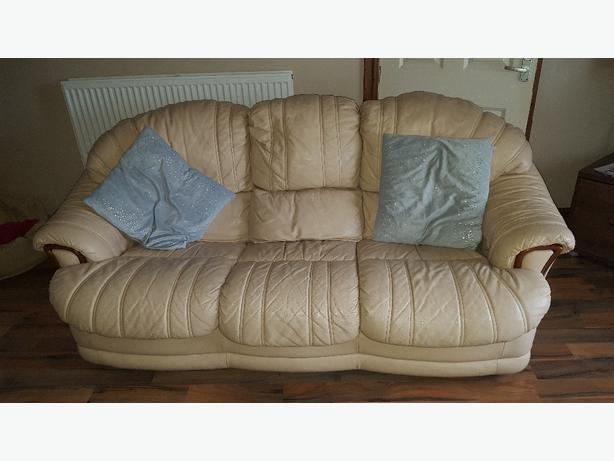 2 And 3 Seater Settee £100 Ono DUDLEY, Wolverhampton