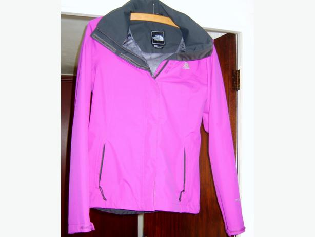 "LADIES/GIRLS ""NORTH FACE"" WATERPROOF JACKET"