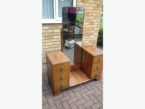 1940/50s BEDROOM STORAGE UNIT