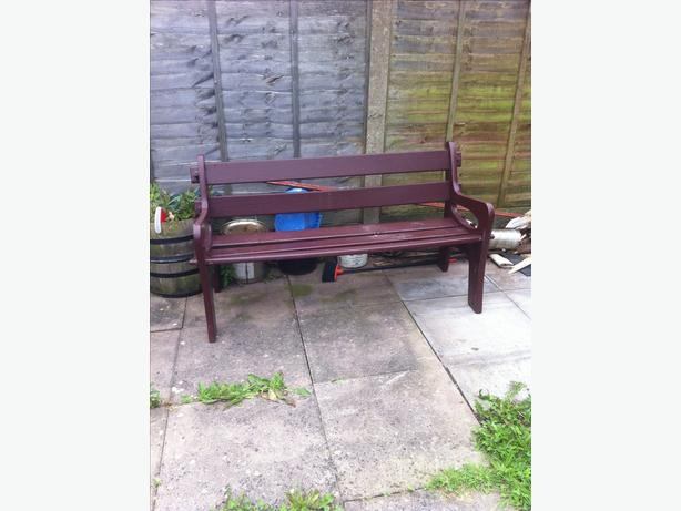 thick solid wood garden bench needs a clean up but it 39 s in good