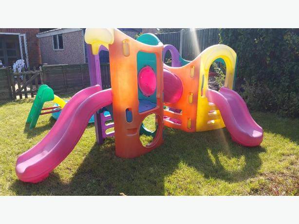 Little tikes 8 in 1 climbing frame willenhall wolverhampton for Little tikes 8 in 1