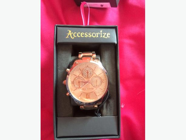 accssessorize rose gold new watch