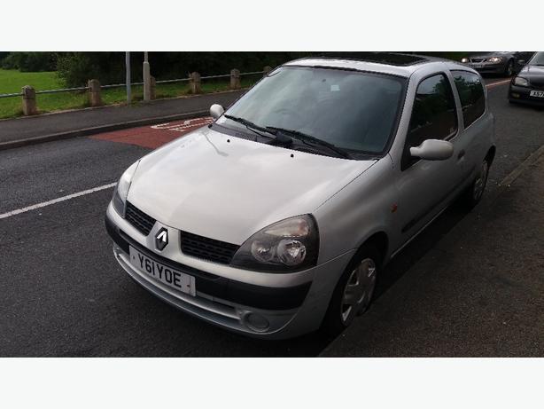 Renault clio 1.2 74000k miles