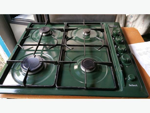 GAS HOB. DIPLOMAT. GREEN. 59 X 51 CM. £30