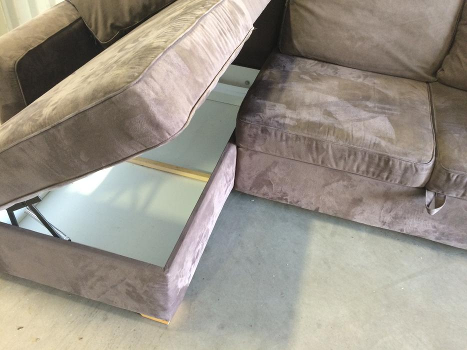 Corner sofa bed with storage very good condition free for Sofa bed very