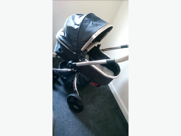 Mothercare Orb and carseat