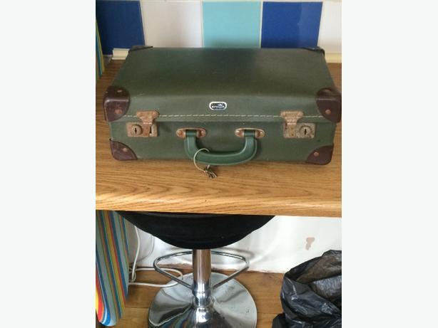 vintage suit case