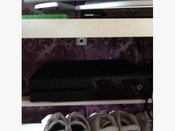 XBOX ONE 1B FULLY BOXED