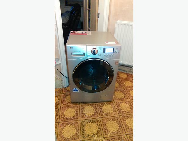 LG.9kg 1400 spin..steam washing machine