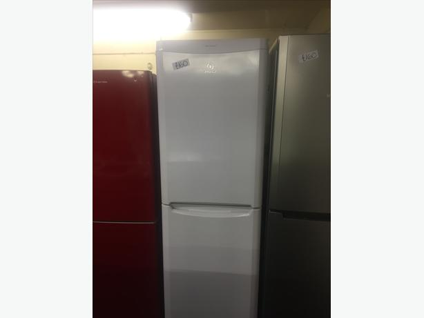 INDESIT TALL FRIDGE / FREEZER FROST FREE