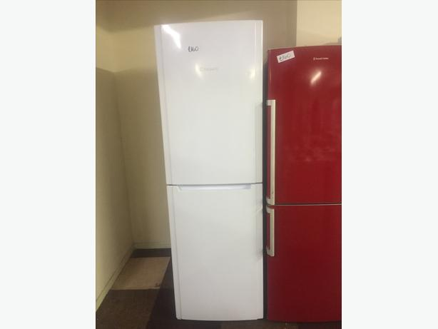 HOTPOINT TALL FRIDGE / FREEZER SUPER FREEZE