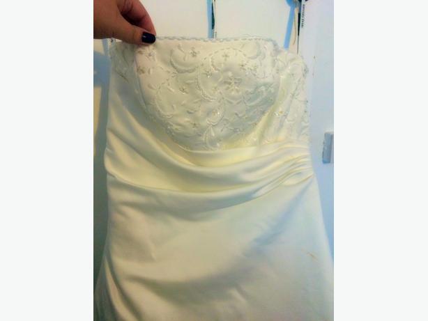 Beautiful Wedding Dress, 18-20