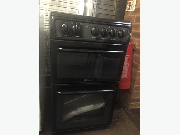 BLACK HOTPOINT NEW/GRADED FULLY ELECTRIC COOKER WITH GUARANTEE