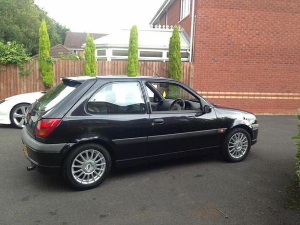ford fiesta 1.6 zetec s  (sell or px,swap)