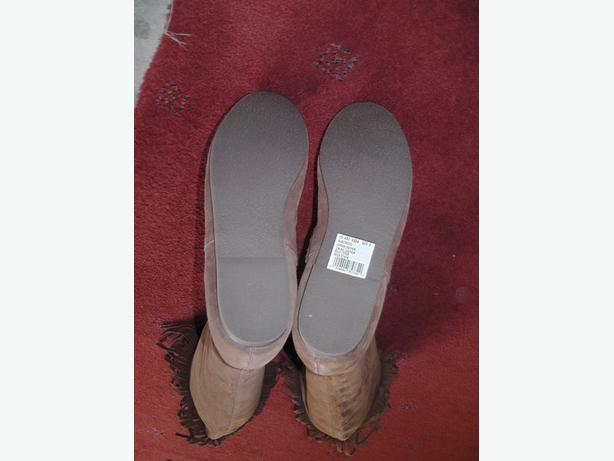 Ladies size 5 Real Suede Moccasin Calf Length Boot