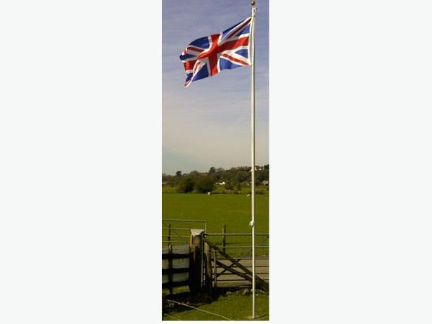 Aluminium Flagpole 20ft with 2 Flags Union Jack and England Flag