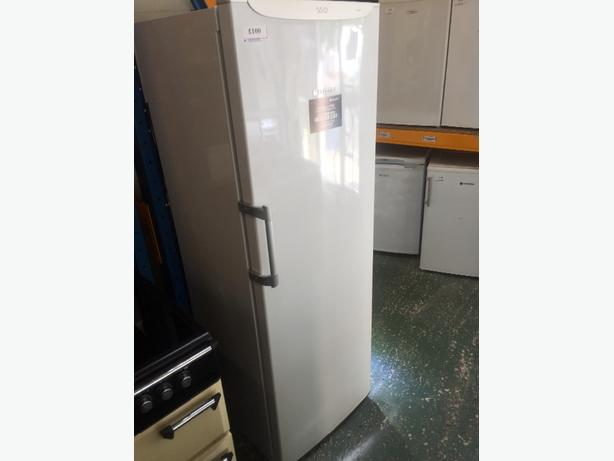 ☀️☀️huge hotpoint freeezer clean