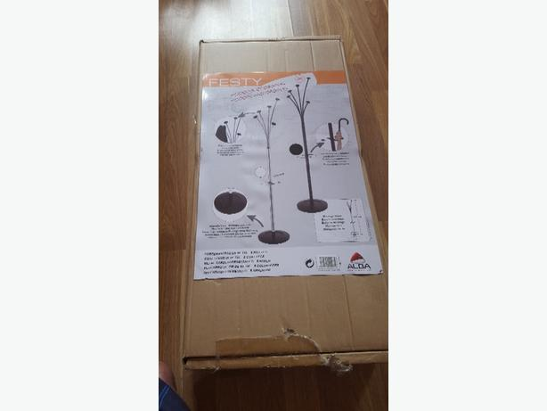black festy coat stand