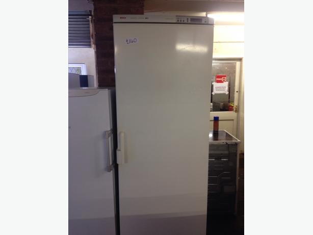 BOSCH TALL FREEZER